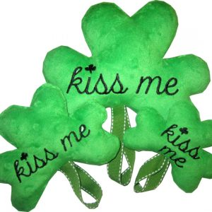Kiss Me Shamrock Stuffie In The Hoop
